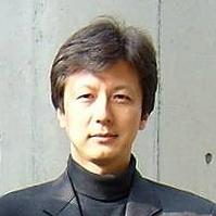 塚田佳弘氏